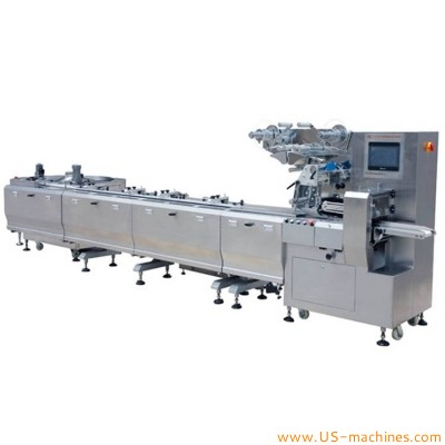 Autoamtic high speed pillow type bag flow film wrapper filling sealing packing machine for snack chocolate candy energy bar biscuit with long feeding sorting conveyor